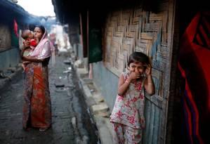 Refugiados Rohingya num campo em Teknaf, Bangladesh: sem direito à cidadania birmanesa Foto: MOHAMMAD PONIR HOSSAIN / REUTERS