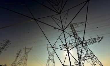Efeito na concorrência. Transmissoras de energia alegam que a demora no pagamento prejudicou o consumidor, pois limitou a participação das empresas em leilões Foto: Lucas Lacaz Ruiz / Lucas Lacaz Ruiz/15-9-2015