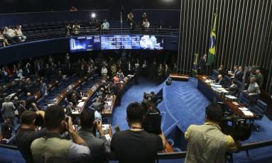 Sessão do Senado que votou a indicação do ministro licenciado da Justiça, Alexandre Moraes, para a vaga do STF Foto: Jorge William / O Globo
