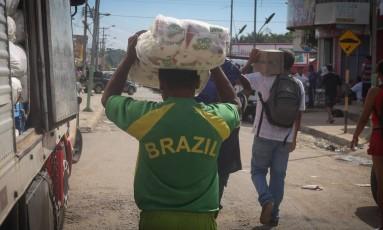 Governo federal decidiu conceder visto humanitário para os venezuelanos que tem chegado ao Brasil Foto: Marcos Alves/Agência O Globo