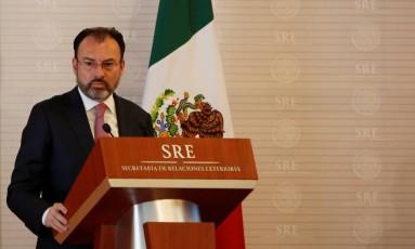 Videgaray faz pronunciamento no Ministério do Exterior mexicano Foto: JOSE LUIS GONZALEZ / REUTERS