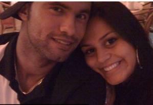 O ex-goleiro Bruno com a mulher Ingrid Calheiros, em foto antiga Foto: Reprodução
