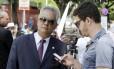 O delegado Edson Moreira, durante o julgamento de Bruno Foto: Fabiano Rocha / Extra / Arquivo