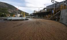 Uma estação de tratamento de esgoto em Niterói, onde o serviço de saneamento foi privatizado Foto: Marcelo Régua / Agência O Globo