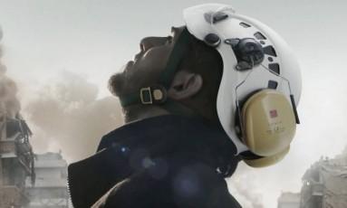 Cena do documentário 'The white helmets' Foto: Divulgação