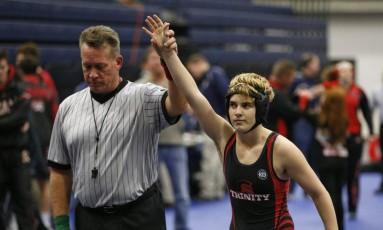 Mack Beggs é declarado vencedor em luta no Texas Foto: Nathan Hunsinger / AP