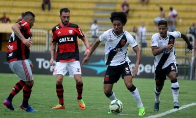 Flamengo e Vasco em Volta Redonda: longe do Marcanã Foto: Paulo Fernandes/Vasco.com.br