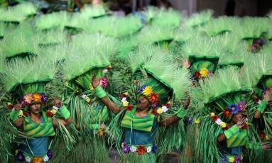 Beleza no desfile do Império da Casa Verde, uma das favoritas ao título Foto: Paulo Whitaker / REUTERS