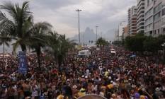 Bloco Simpatia é Quase Amor faz seu 33º carnaval em Ipanema Foto: Cléber Júnior / Extra
