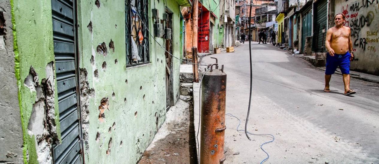 Complexo do Alemão vive rotina de tiroteios Foto: Bruno Itan / Divulgação
