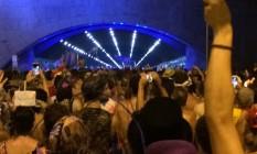 Cordão do Boi Tolo atravessa o Túnel Novo, que liga Botafogo e Copacabana Foto: Reprodução internet