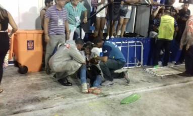 Uma pessoa ferida após problema em carro da Paraíso da Tuiuti Foto: O Globo