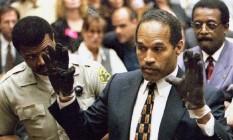 Cena do julgamento de OJ Simpson, contada no documentário vencedor do Oscar 'O.J.: Made in America' Foto: Reprodução