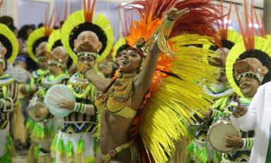 Cris Vianna se despede do cargo de Rainha de Bateria da Imperatriz neste carnaval Foto: Marcelo Theobald / Agência O Globo