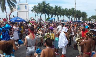 Bloco Virtual, na Praia do Leme Foto: Pedro Amaral / O Globo