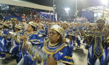 Bateria da União da Ilha Foto: O Globo