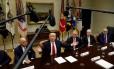 Trump conversa com CEOs do setor de saúde Foto: KEVIN LAMARQUE / REUTERS