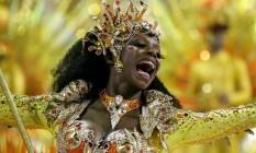 Carnaval 2017 / São Clemente - Desfile das Escolas de Samba do Grupo Especial. Denadir, Porta-Bandeira Foto: Márcio Alves / Agência O Globo