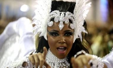 Evelyn Bastos, rainha de bateria da Mangueira Foto: Márcio Alves / Agência O Globo