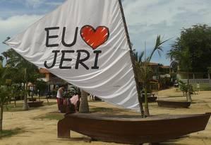 De coração. Amor explícito na praça da cidade Foto: Raphaela Ribas / Especial para O GLOBO