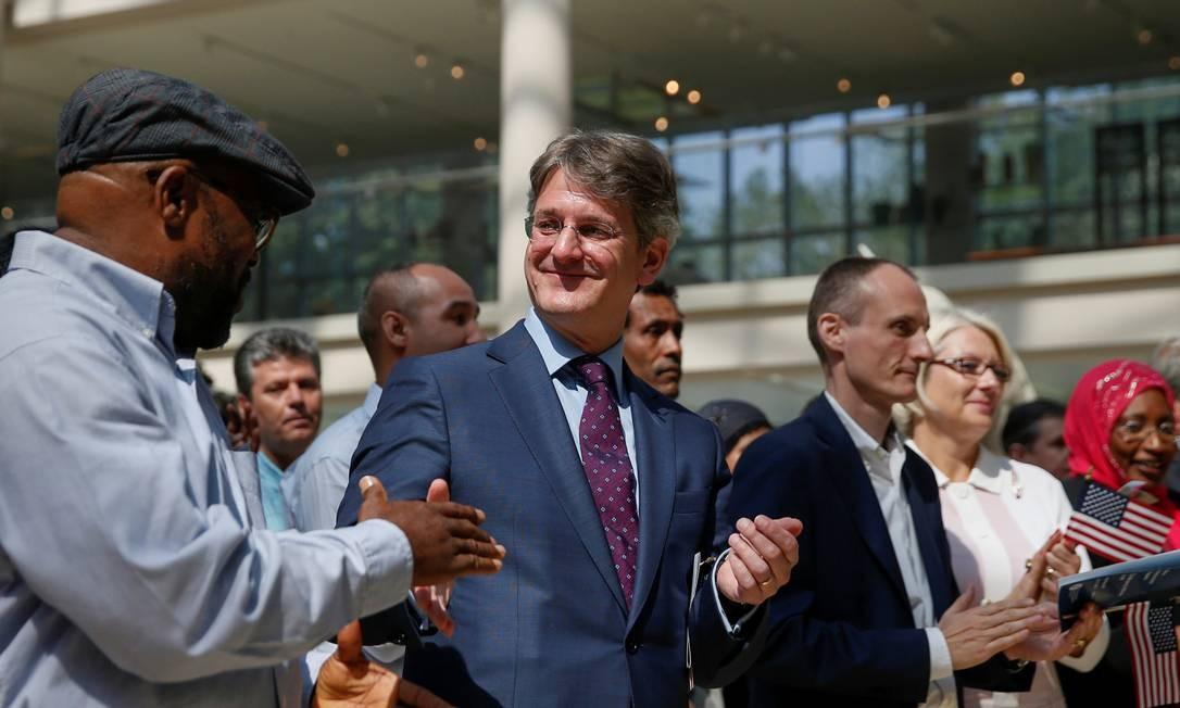 Ex-diretor e CEO do Metropolitan Museum, Thomas P. Campbell (ao centro) renuncia Foto: SHANNON STAPLETON (22/07/2014) / REUTERS