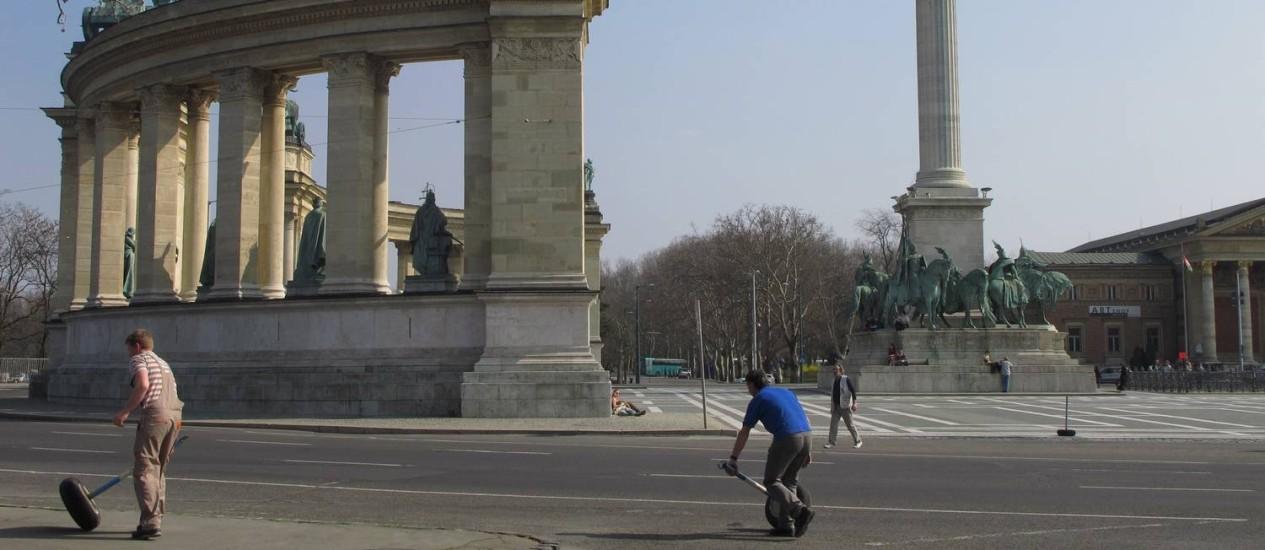 Praça dos Heróis. Ponto turístico receberia maratona, marcha atlética e ciclismo nos Jogos Foto: Gustavo Alves / Gustavo Alves/11-4-2011
