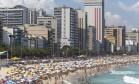 Horário de verão adiantou os relógios em uma hora e lotou praias Foto: Leo Martins / Agência O Globo