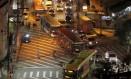 Engarrafamento no cruzamento da Rua Doutor Celestino com a Avenida Marquês do Paraná: a prefeitura vai desapropriar prédio (à esquerda) para ampliar pista Foto: Agência O Globo / Pedro Teixeira/05-05-2015