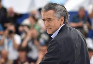 Bernard-Henri Lévy é clicado no Festival de Cannes ao apresentar seu filme 'Peshmerga' Foto: ALBERTO PIZZOLI / AFP