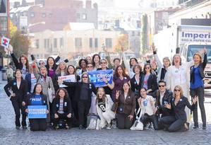 Mulheres do Paintsuit Nation em evento na Universidade de Nova York Foto: Dennis Kwan / Divulgação
