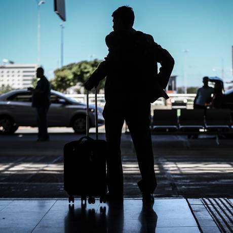 A partir do dia 14 de março, as companhias estão autorizadas a cobrar pelo despacho da bagagem Foto: Andre Coelho