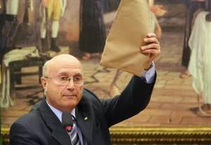 Novo ministro da Justiça, Osmar Serraglio é o quinto a assumir a pasta em menos de um ano Foto: Andre Coelho / Agência O Globo/06-07-2016