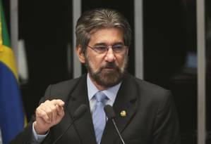 O senador Valdir Raupp (PMDB-RO) Foto: Jorge William / Agência O Globo / 13-10-2015
