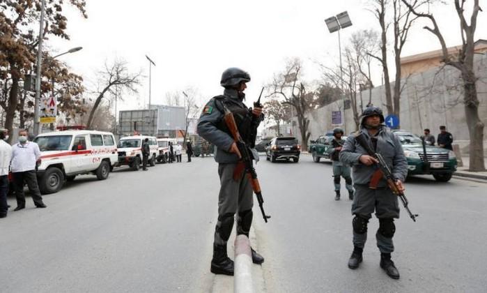 Ataque a hospital militar em Cabul deixa 5 mortos e 66 feridos