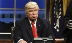 Alec Baldwin encarnando o presidente Donald Trump Foto: Will Heath / AP