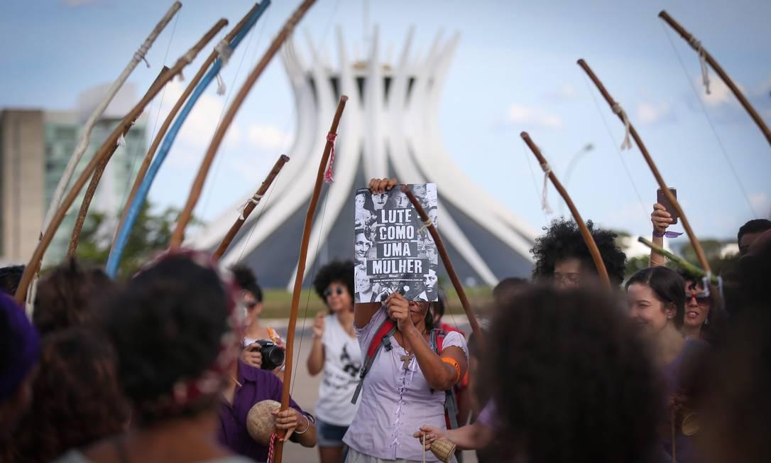 Mulheres se reuniram em um ato na Esplanada dos Ministérios em Brasília Foto: ANDRE COELHO / Agência O Globo