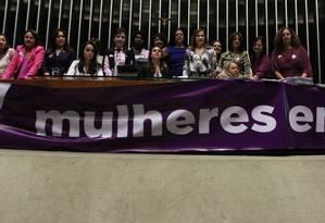 Sessão da Câmara dos Deputados dedicada ao Dia Internacional da Mulher Foto: Givaldo Barbosa / Agência O Globo