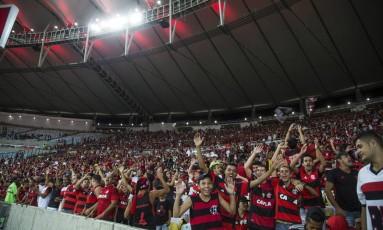 Torcida do Flamengo foi em grande número ao Maracanã Foto: Guito Moreto