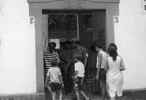 Entrada do zoo Foto: William de Moura em 3/4/1988 / Agência O Globo