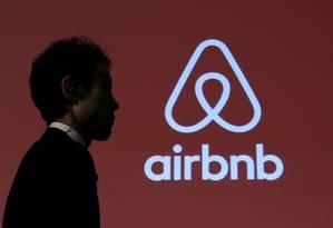 Logo da Airbnb Foto: Yuya Shino / Reuters