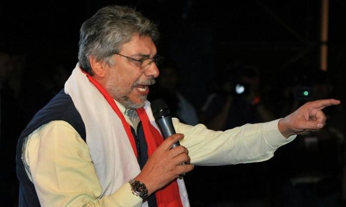 Em 2008, Fernando Lugo faz discurso enquanto ainda era candidato à Presidência do Paraguai Foto: Marco Antônio Teixeira/O Globo