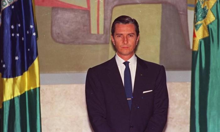 Em outubro de 1992, então presidente afastado Collor de Mello ao lado da bandeira do Brasil. Foto: Ricardo Stuckert