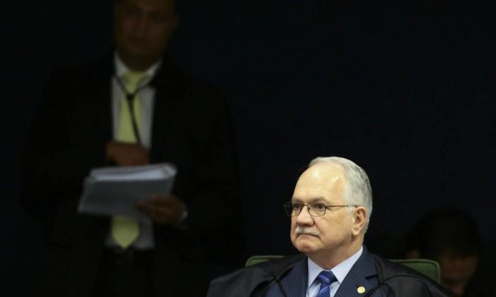 O ministro Edson Fachin ainda destacou as falhas da defesa Foto: Jorge William / O Globo