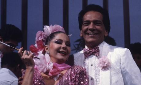 """Dupla. Em """"Balança mas não cai"""", Lúcio Mauro interpreta Fernandinho, marido de Ofélia, vivida por Sônia Mamede Foto: Adir Mera 14/12/1982 / Divulgação"""