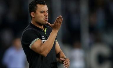 O técnico Jair Ventura, do Botafogo Foto: Vitor Silva/SSPress