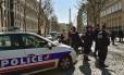Policiais fecham perímetro em torno da sede do FMI