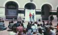 Frente Feminista Universitária de São Paulo se reúne para boicotar festa de alunos da USP: evento já registrou casos de agressão contra mulher