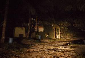 Prioridade. Na Região Oceânica, onde a iluminação é precária; área deverá ter mais pontos de luz Foto: Hermes de Paula / Agência O Globo
