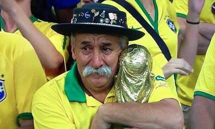 Clóvis Acosta Fernandes ficou conhecido como o 'Gaúcho da Copa' após aparecer chorando na TV em goleada da Alemanha sobre o Brasil em 2014 Foto: Reprodução