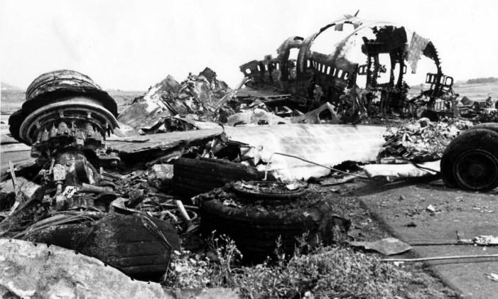 Destroços de um dos aviões envolvidos no acidente em Tenerife, Ilhas Canárias Foto: AP / AP
